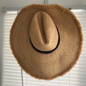 Zara Floppy Wide Brim Straw Hat